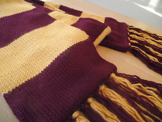 Completed Holiday Projects Gryffindor Scarf Christines Coffee Cup